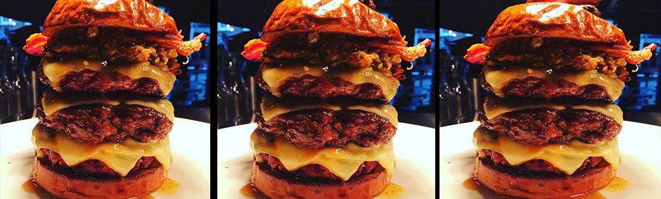 Xmas burger Flaming Cow